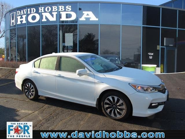 Certified Pre-Owned 2017 Honda Accord Hybrid